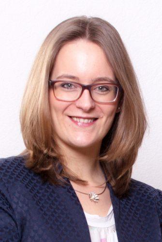 Leoni Saechtling – Psychologin (M.Sc.), Systemische Beraterin & Familientherapeutin (DGSF)